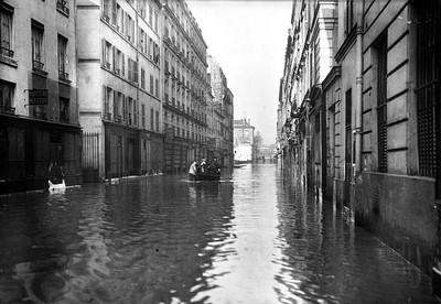 Crue de 1910 à Paris, rue Surcouf